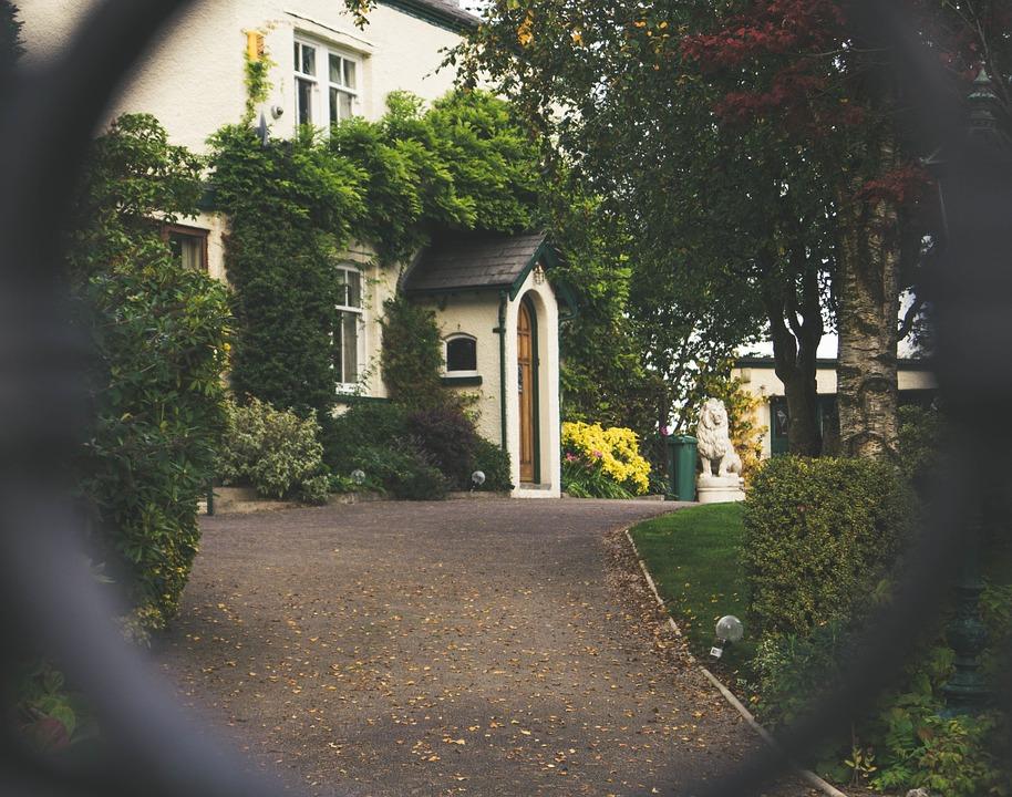 front-door-1031731_960_720