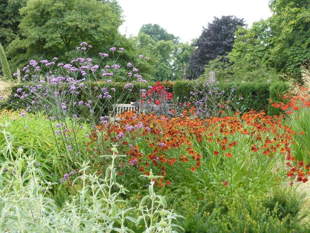 Do světa zahrad mému srdci nejbližších aneb vítejte v anglické zahradě!